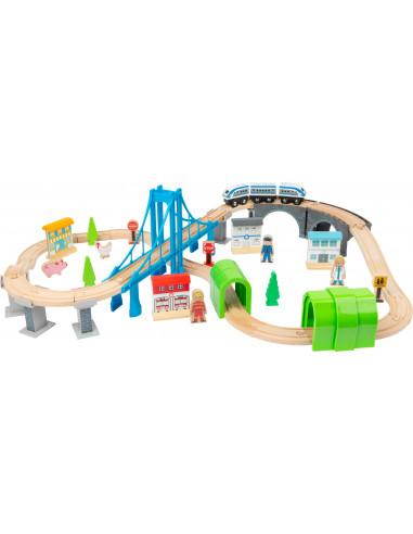 Drevená vláčkodráha s mosty